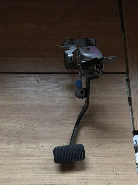 Педаль тормоза Toyota Grand Hiace KCH10 1KZTE (б/у)