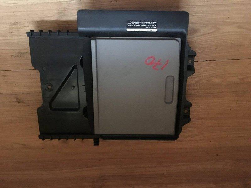 Лючок кармана в багажнике Toyota Mark Ii Wagon Blit GX110 1JZFSE (б/у)