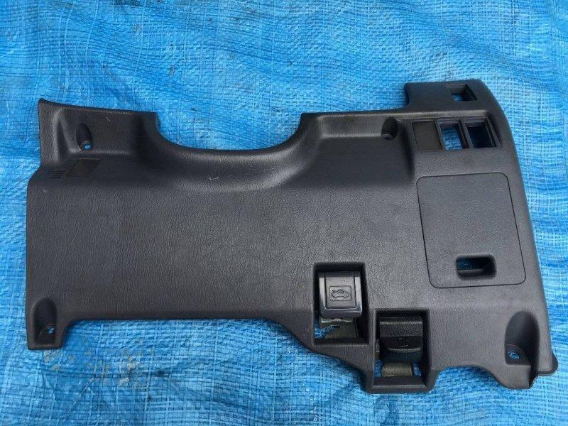 Пластик под руль Toyota Hilux Surf KDN185 1KDFTV (б/у)