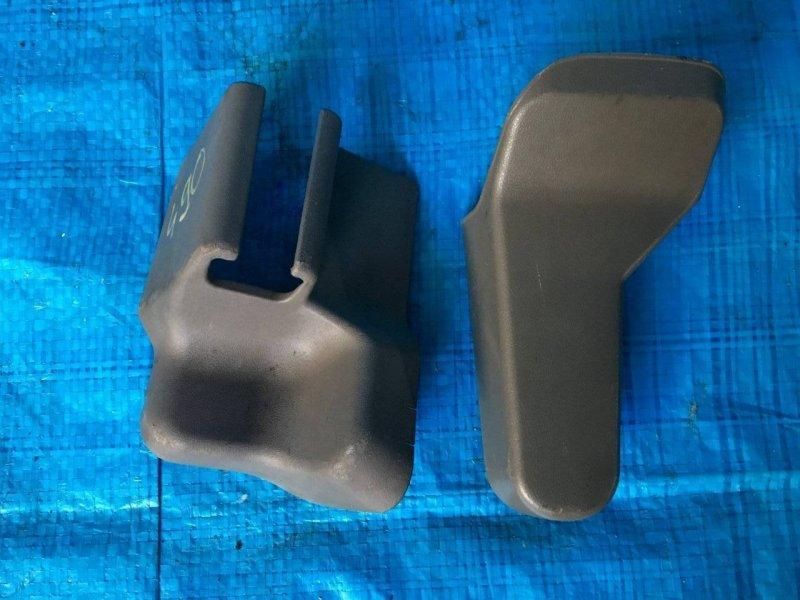 Заглушка крепления сиденья Toyota Gaia ACM10 3SFE (б/у)