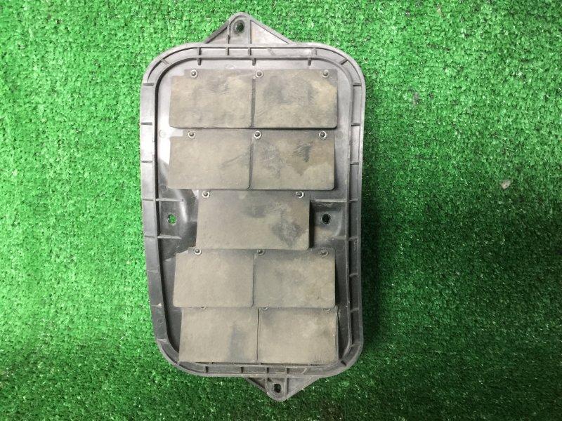 Клапан вентиляции крыла Toyota Mark Ii GX90 JZX90 JZX90E JZX91 JZX91E JZX93 LX90 LX90Y SX90 1GFE 1996 (б/у)