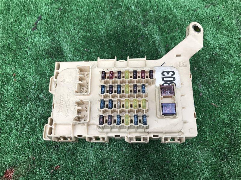 Блок предохранителей Toyota Harrier MCU10 MCU10W MCU15 MCU15W SXU10 SXU10W SXU15 SXU15W 1MZFE 2000 (б/у)