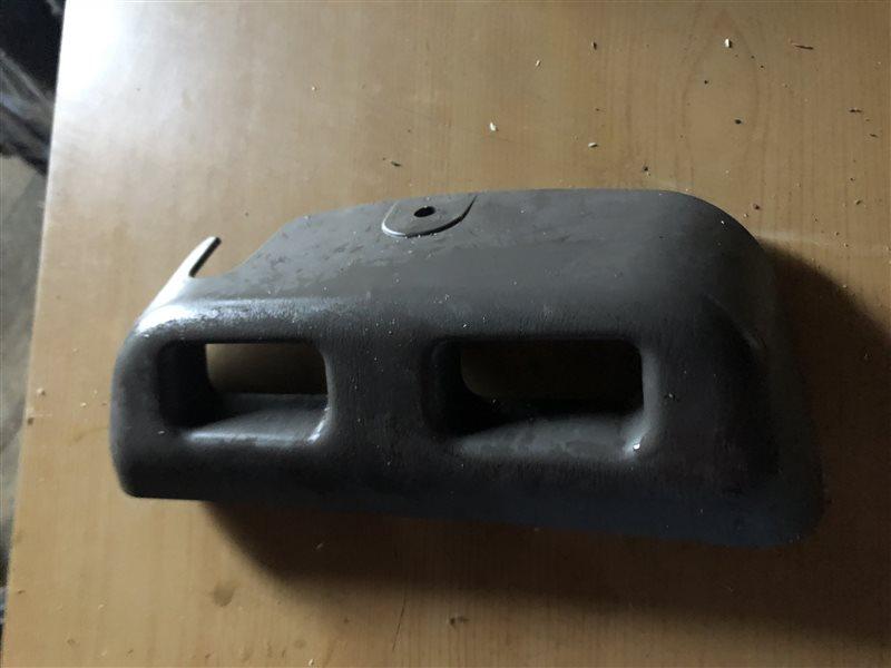 Решетка вентиляционная Nissan Serena C24 PC24 PNC24 RC24 TC24 TNC24 VC24 VNC24 SR20DE 1999 задняя (б/у)