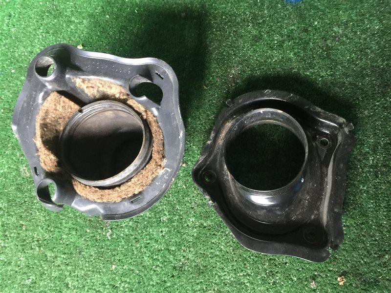 Пыльник рулевой колонки Nissan Cedric FGDY33 FGNY33 FGY33 FHY33 HBY33 HY33 MY33 PY33 PY33E UY33 Y33 JHBY33 JHY33 JMY33 (б/у)