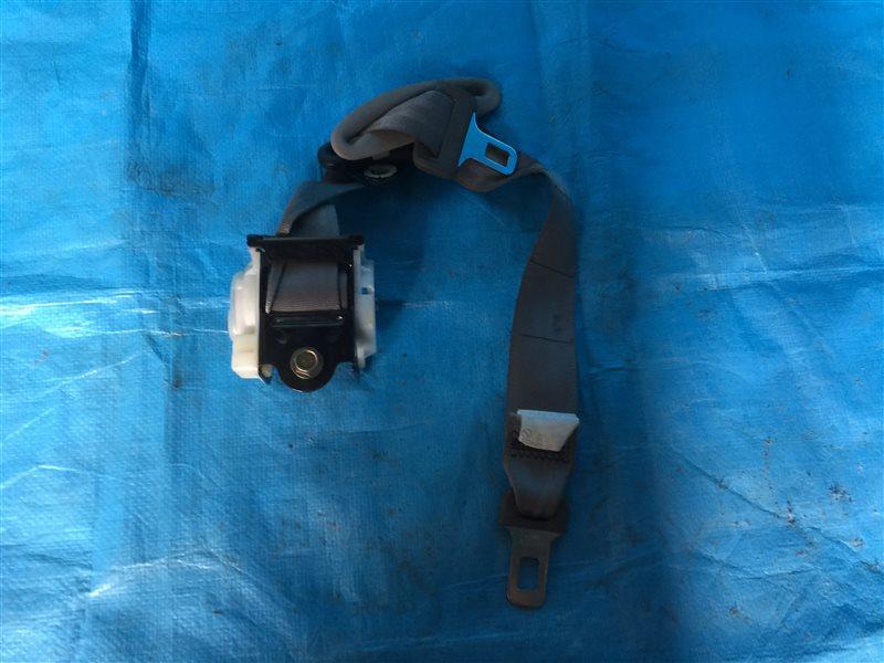 Ремень безопасности Nissan Tino HV10 V10 PV10 V10M SR20DE 1999 задний правый (б/у)