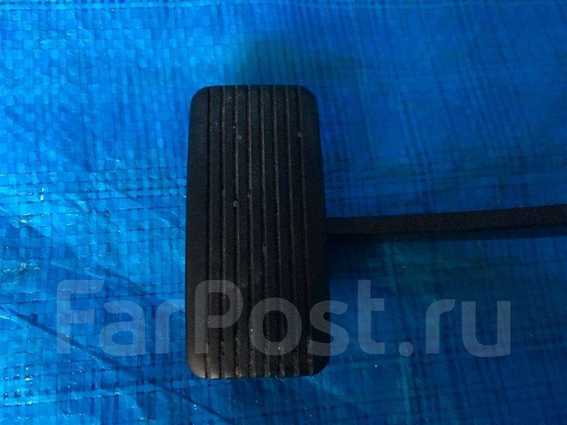 Накладка на педаль Mazda Mpv LW3W GE5P GE8P GEEP GEFP GESR LV LV5W LVEW LVEWE LVLR LVLW LW LW5W LWEW LWFW L3DE 2002 (б/у)