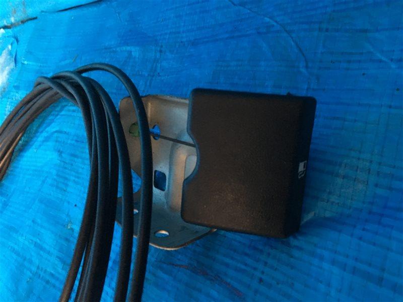 Ручка открывания бензобака Nissan Bassara JTU30 JHU30 JNU30 JTNU30 JU30 JVNU30 JVU30 QR25DE 2002 (б/у)