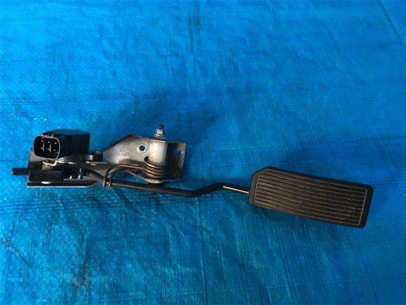 Педаль газа Nissan Bassara JTU30 JTNU30 TU30 TNU30 QR25DE 2002 (б/у)