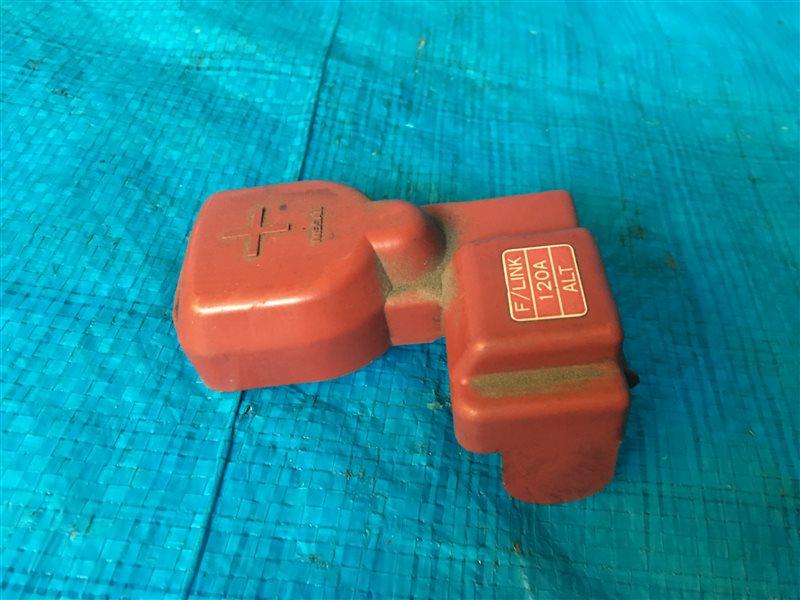 Защита клемм аккумулятора Nissan Presage JTU30 JHU30 JNU30 JTNU30 JU30 JVNU30 JVU30 TU30 HU30 NU30 TNU30 U30 VNU30 VU30  (б/у)
