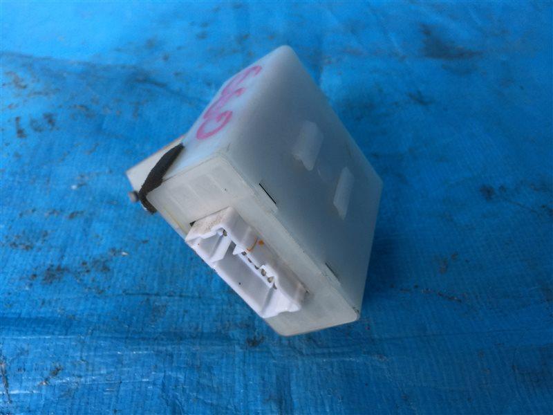Блок управления дверьми Nissan Presage NU30 HU30 TNU30 TU30 U30 VNU30 VU30 KA24DE 2000 (б/у)