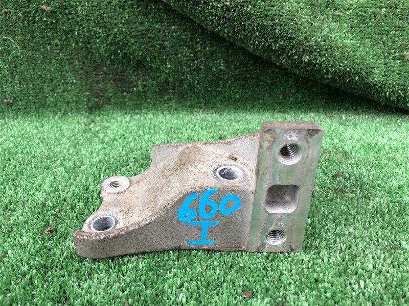 Кронштейн опоры двигателя Nissan Presage NU30 JNU30 NN30 PNN30 KA24DE 2000 задний (б/у)