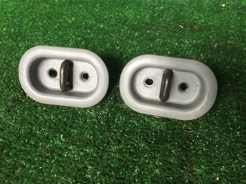 Крепление сидений Nissan Presage JHU30 JNU30 JTNU30 JTU30 JU30 JVNU30 JVU30 HU30 NU30 TNU30 TU30 U30 VNU30 VU30 KA24DE 2000 (б/у)