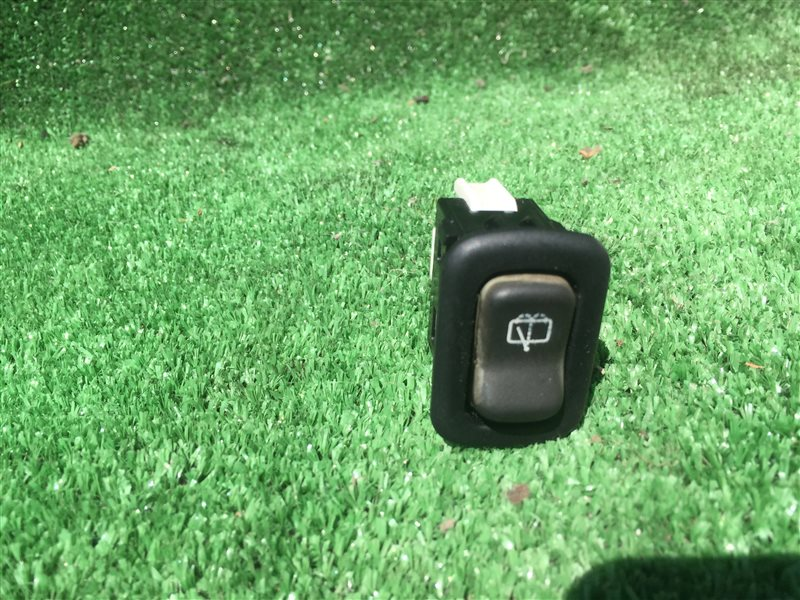 Кнопка заднего дворника Daihatsu Terios J100E J102E J122E J100G J102G J122G 111G J111G J131G J111G J131G K3VE 2005 (б/у)