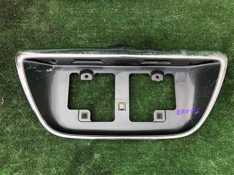 Вставка багажника Toyota Brevis JCG10 JCG11 JCG15 задняя (б/у)