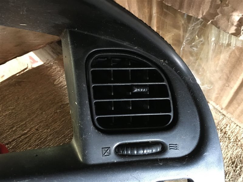 Дуйки Mitsubishi Delica PA3V PA3W PA4W PA5V PA5W PB3V PB4V PB4W PB5V PB5W PB6W PC3W PC4W PC5W PD3W PD4W PD5V PD6W PD8W PE8W PF6W PF8W (б/у)