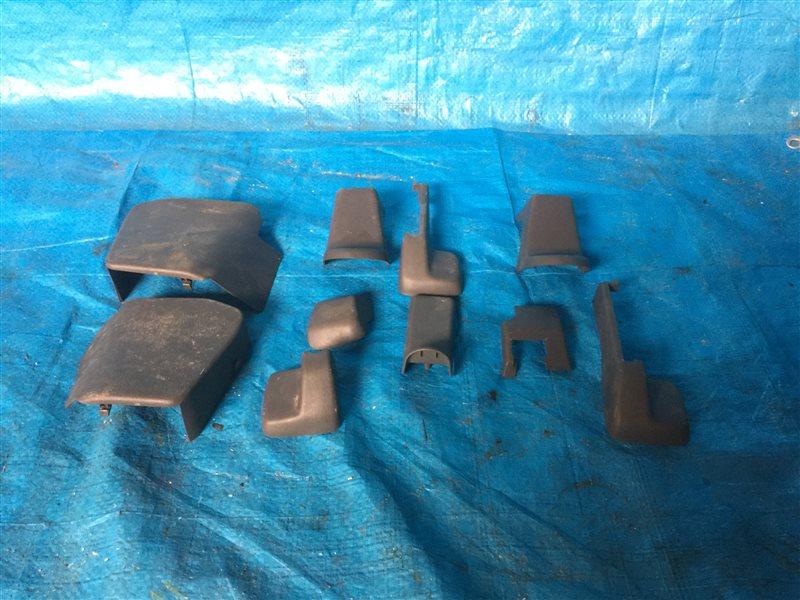 Заглушка крепления сиденья Toyota Lite Ace Noah CR40 CR40G CR41 CR42 CR50 CR50G CR51 CR52 KR42 KR52 SR40 SR40G SR50 (б/у)