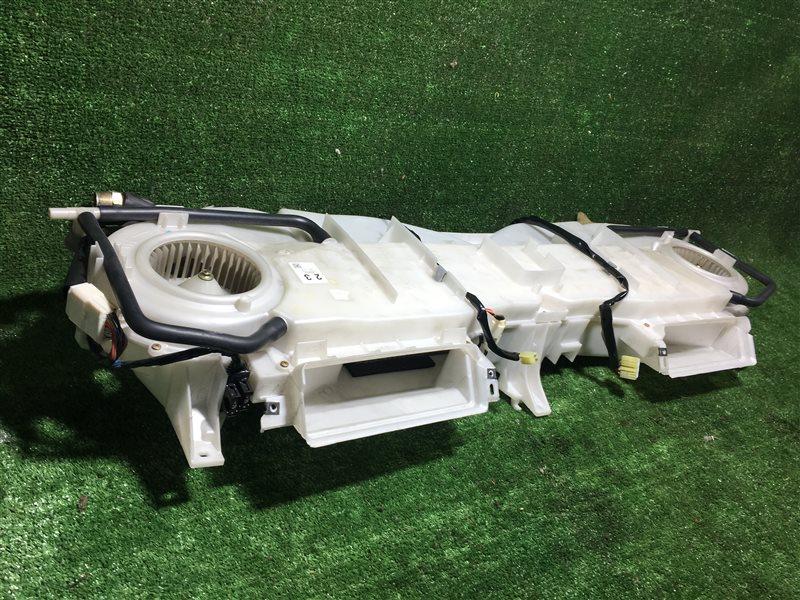 Кондиционер салона Toyota Regius KCH40 KCH40W KCH46 KCH46W RCH41 RCH41W RCH47 RCH47W KCH16 VCH16 KCH10 KCH10W KCH12 KCH16W (б/у)