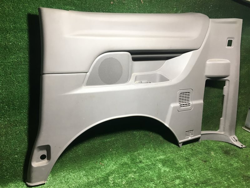 Обшивка багажника Nissan Serena PNC24 C24 PC24 RC24 TC24 TNC24 VC24 VNC24 SR20DE задняя правая (б/у)