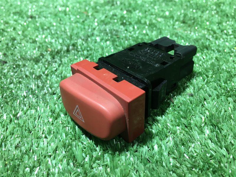 Кнопка аварийной сигнализации Nissan Serena PNC24 C24 PC24 RC24 TC24 TNC24 VC24 VNC24 SR20DE 2000 (б/у)