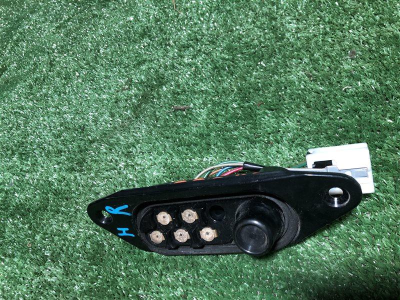 Доводчик двери Nissan Serena C24 PC24 PNC24 VC24 VNC24 SR20DE правый (б/у)