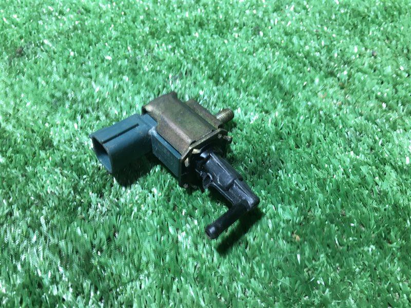 Вакумный клапан Nissan Serena C24 PC24 PNC24 RC24 TC24 TNC24 VC24 VNC24 SR20DE (б/у)