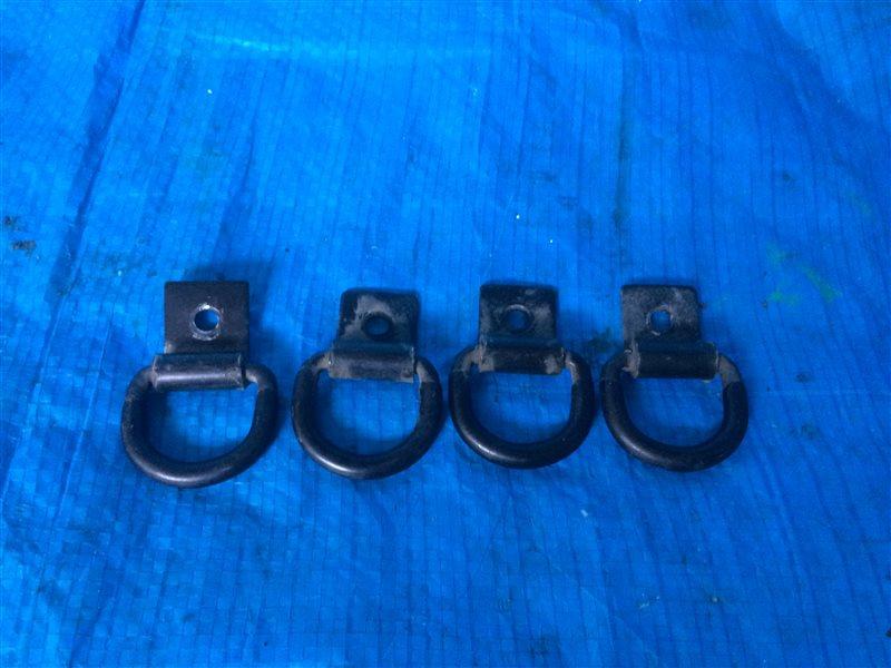 Обшивка багажника Toyota Hilux Surf KDN185 KDN185W KZN185 KZN185G KZN185W RZN180 RZN180W RZN185 RZN185W VZN180 VZN180W VZN185 (б/у)