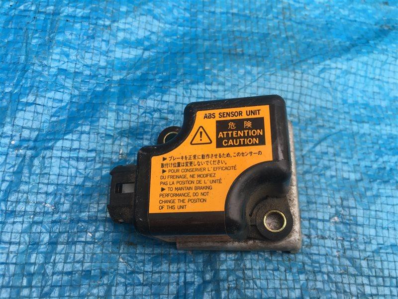 Датчик замедления Toyota Hilux Surf KZN185 RZN185 VZN185 KZN185G KZN185W RZN185W VZN185W 1KZTE (б/у)