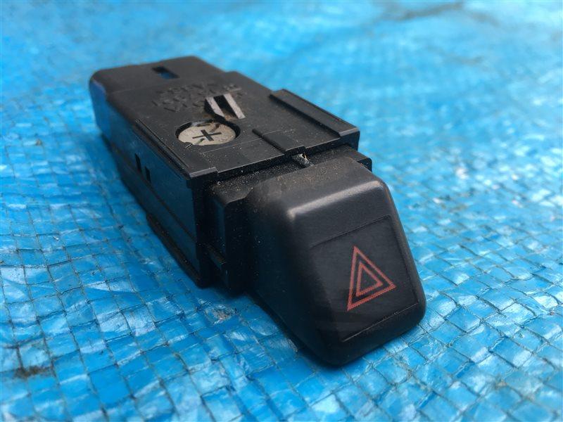 Кнопка аварийной сигнализации Toyota Hilux Surf KZN185 KZN185G KZN185W RZN185 RZN185W VZN185 VZN185W 1KZTE (б/у)