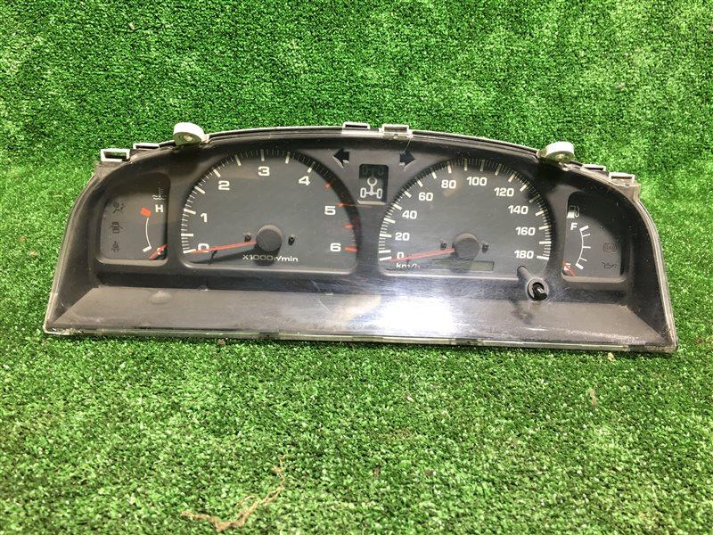 Спидометр Toyota Hilux Surf KZN185 KZN185G KZN185W RZN185 RZN185W VZN185 VZN185W VZN167 VZN172 1KZTE (б/у)