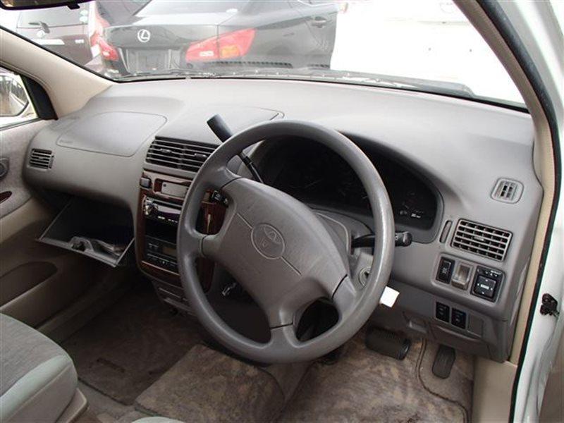 Руль Toyota Gaia SXM15 ACM10 ACM10G ACM15 ACM15G CXM10 CXM10G SXM10 SXM10G SXM15G 3SFE (б/у)