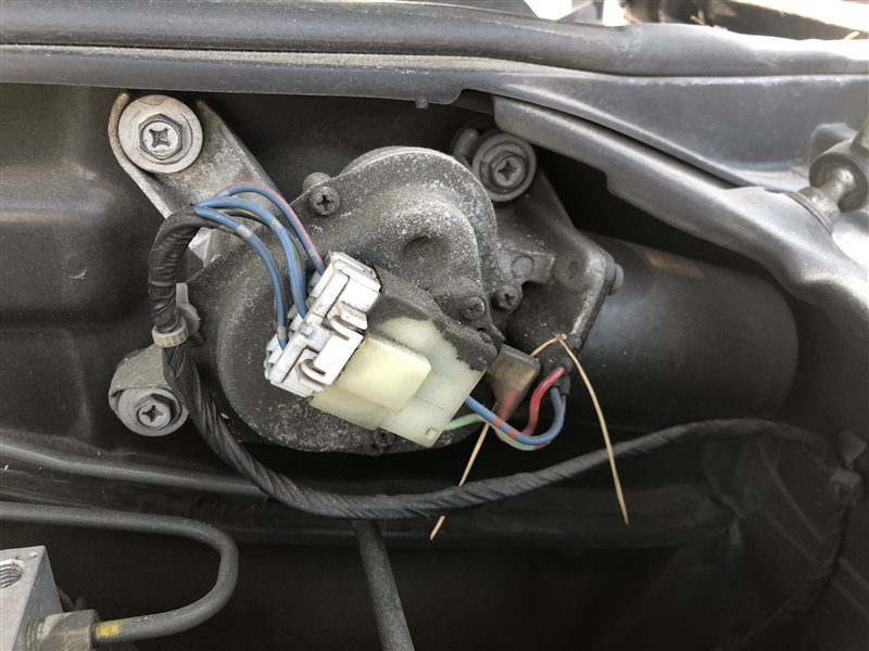 Мотор дворников Nissan Laurel HC35 GC35 GCC35 GNC35 SC35 (б/у)