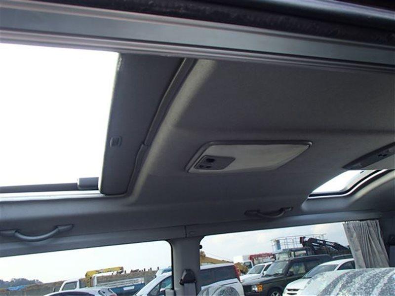 Светильник салона Toyota Hiace KZH106W KZH100 KZH100G KZH106 KZH106G KZH110 KZH110G KZH116 KZH116G LH154 LH162 LH162V LH172 (б/у)
