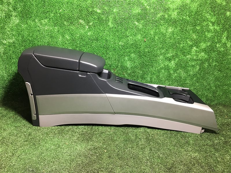 Бардачок между сидений Toyota Hilux Surf GRN210 GRN215 KZN215 UZN210 UZN215 TRN215 GRN215 GRN215W KDN215 KDN215W RZN210 (б/у)