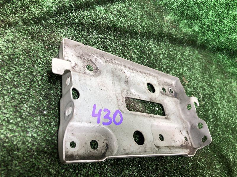 Подставка под аккумулятор Toyota Vista Ardeo SV55 SV55G ZZV50 ZZV50G 3SFE (б/у)
