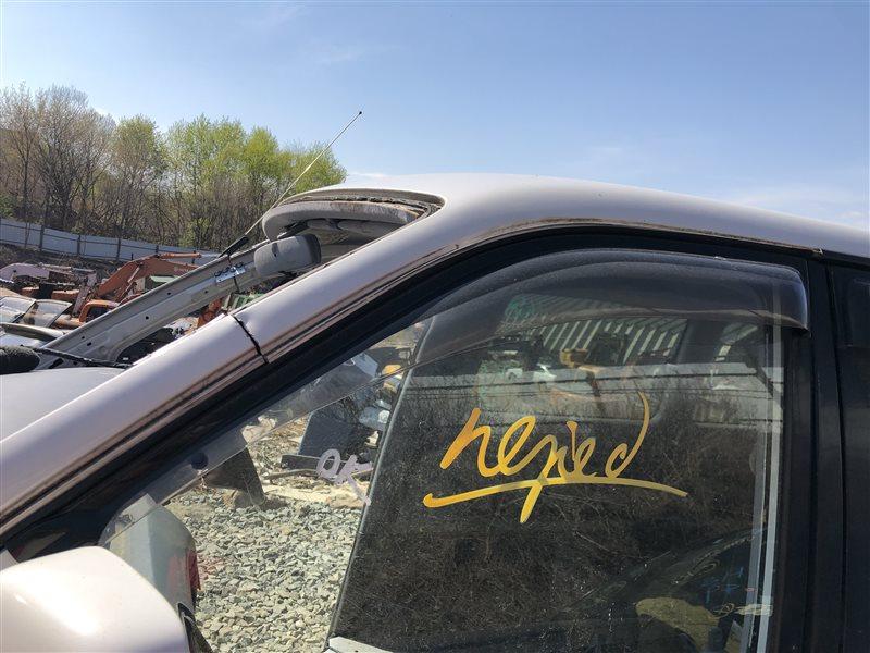 Ветровик Toyota Lite Ace Noah CR40 3CTE передний левый (б/у)