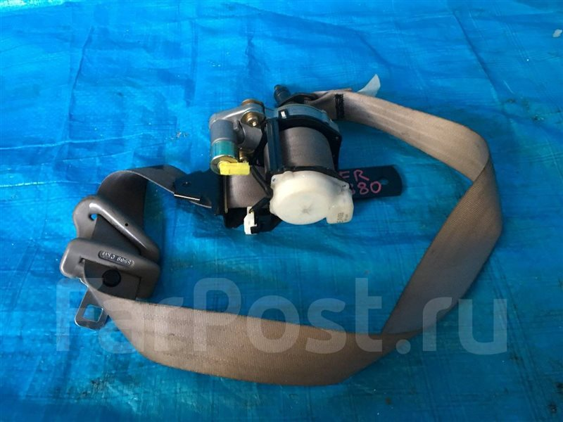 Ремень безопасности Nissan Serena PC24 RC24 TC24 VC24 C24 PNC24 TNC24 VNC24 передний левый (б/у)