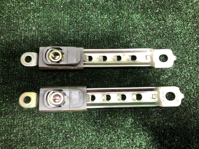 Крепление ремней безопасности Toyota Mark Ii Wagon Qualis MCV21 MCV20 MCV20W MCV21W MCV25 MCV25W SXV20 SXV20W SXV25  (б/у)