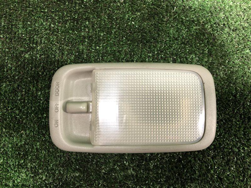 Светильник салона Toyota Mark Ii Wagon Qualis MCV21 MCV20 MCV20W MCV21W MCV25 MCV25W SXV20 SXV20W SXV25 SXV25W 2MZFE задний (б/у)