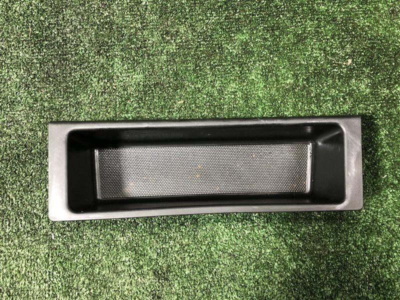 Ящик в багажник Honda Odyssey RA7 GH-RA6 GH-RA7 GH-RA8 GH-RA9 LA-RA6 LA-RA7 LA-RA8 LA-RA9 F23A левый (б/у)