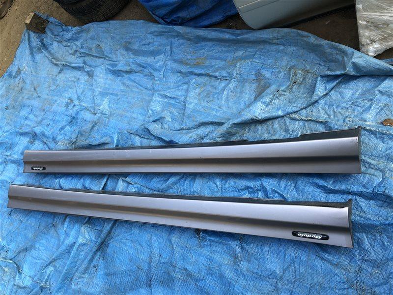 Порог пластиковый Honda Odyssey RA7 GH-RA6 GH-RA7 GH-RA8 GH-RA9 LA-RA6 LA-RA7 LA-RA8 LA-RA9 F23A (б/у)