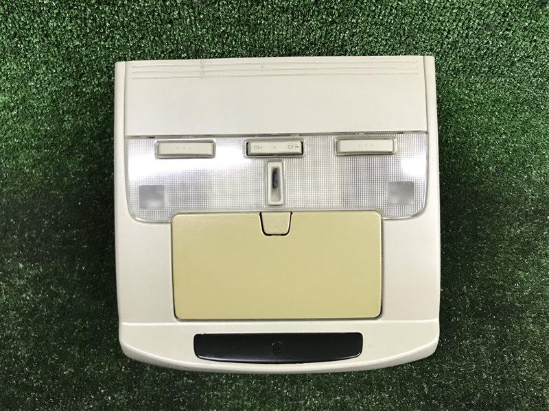 Светильник салона Nissan Gloria ENY34 VQ25DD передний (б/у)