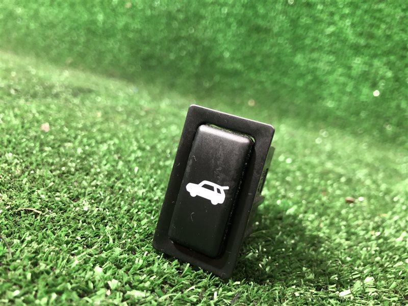 Кнопка открывания багажника Toyota Vista Ardeo SV55 AZV50 AZV50G AZV55 AZV55G SV50 SV50G SV55G ZZV50 ZZV50G 3SFE (б/у)