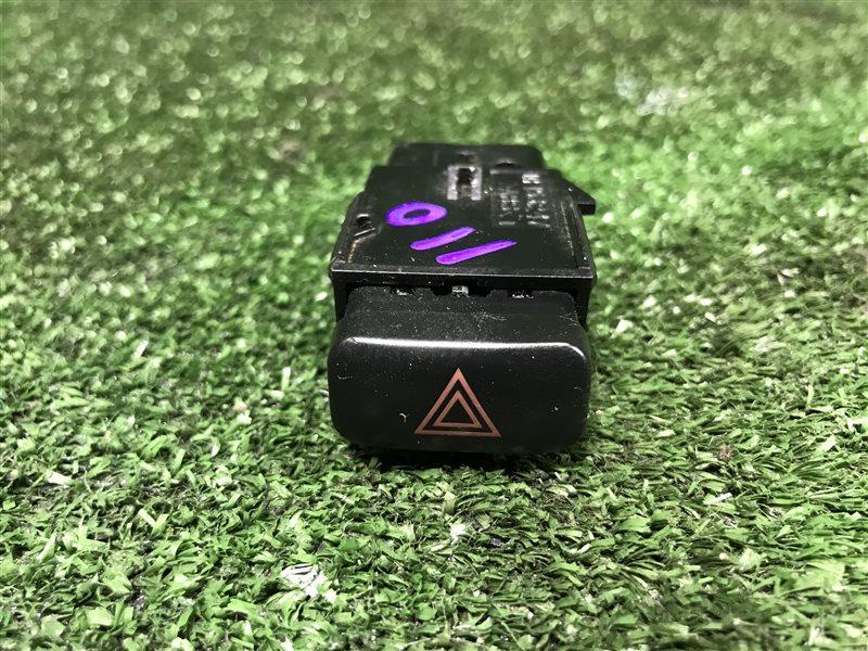 Кнопка аварийной сигнализации Toyota Corolla AE110 AE111 AE114 AE115 CDE110 CE110 CE113 CE114 CE116 EE111 WZE110 (б/у)