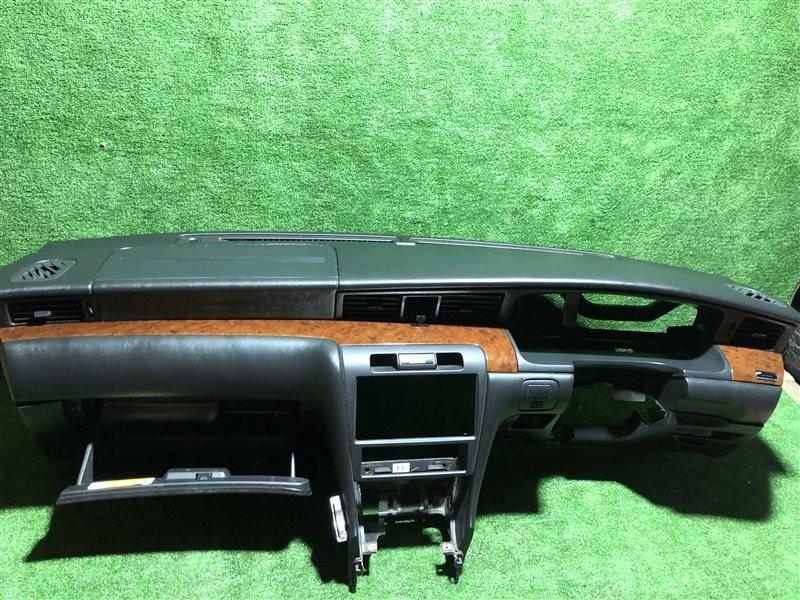 Торпедо Nissan Laurel HC35 GC35 GCC35 GNC35 SC35 (б/у)