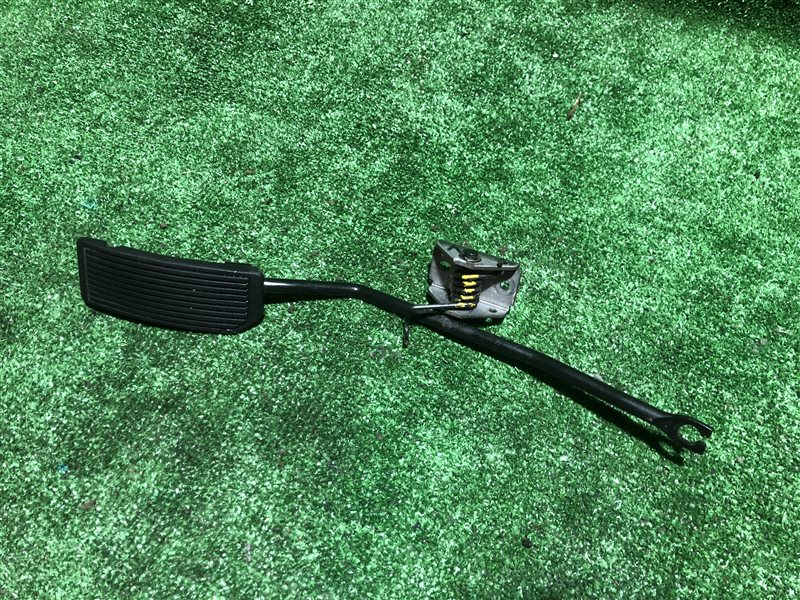 Педаль газа Nissan Laurel HC35 HR34 RB20DE (б/у)