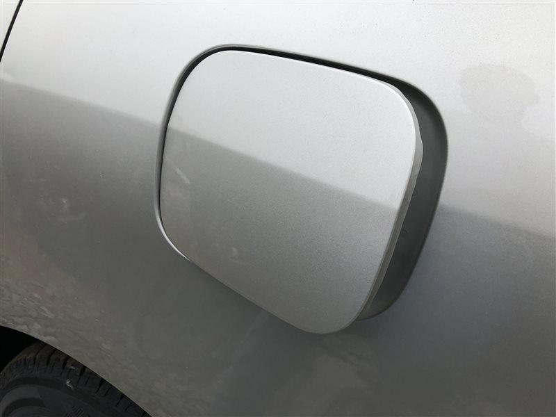 Лючок топливного бака Toyota Corolla CDE120 CE120 CE121 NDE120 NZE120 NZE121 NZE124 ZRE120 ZZE120 ZZE120L ZZE121 ZZE121L (б/у)