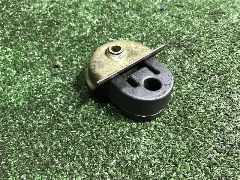 Подушка глушителя Nissan Skyline V35 CPV35 ENR34 ER34 HR34 HV35 KV36 NV35 NV36 PV35 PV36 R34 V36 VQ25DD (б/у)