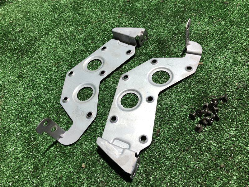 Крепление магнитофона Nissan Laurel GC35 RB20DE (б/у)