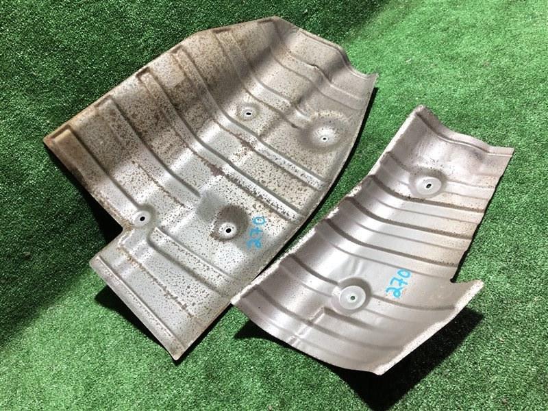 Тепловая защита глушителя Nissan Skyline ECR33 RB20DE (б/у)