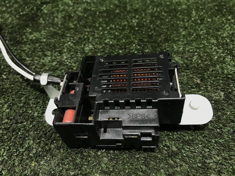Шумоподавитель антенны Toyota Corolla CDE120 1ZZFE (б/у)